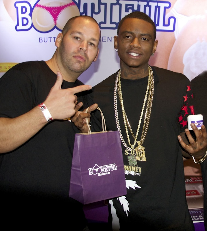 Rapper Soulja Boy gets Bootiful Butt Cream at AMA gift suite