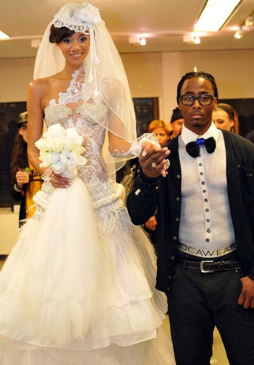 Bride & Collegiate Coifed'