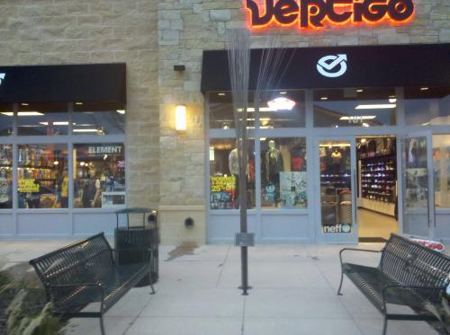 Vertigo Skate Shop @Fairview'
