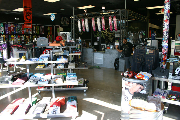 Vertigo Skate Shop @Fairview