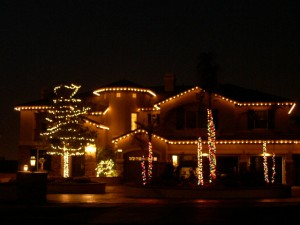 Christmas Light Hanging.com'