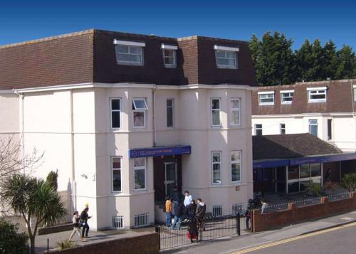 school building'