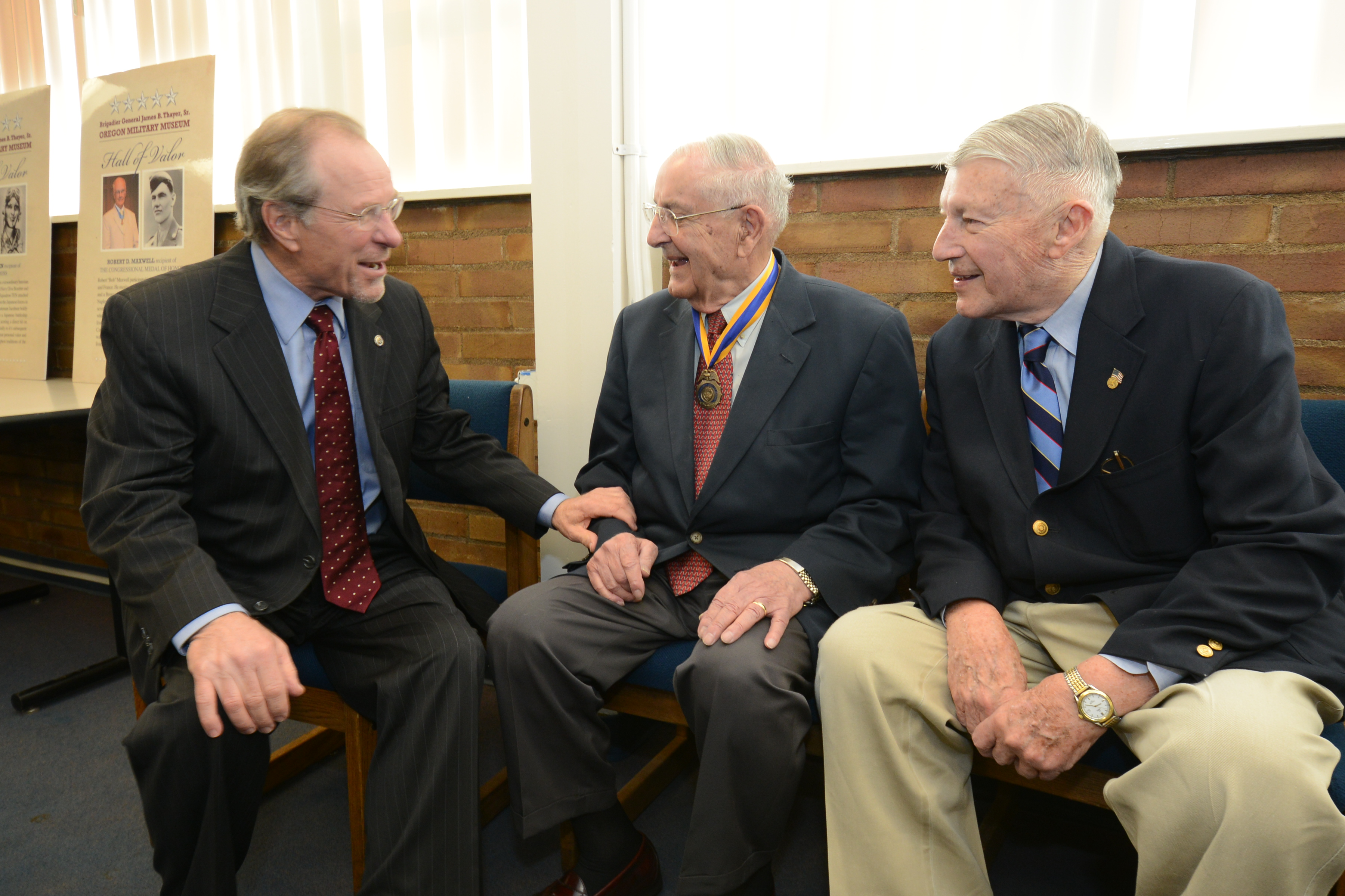 Oregon Govs Kulongoski and Atiyeh with Brig Gen Thayer