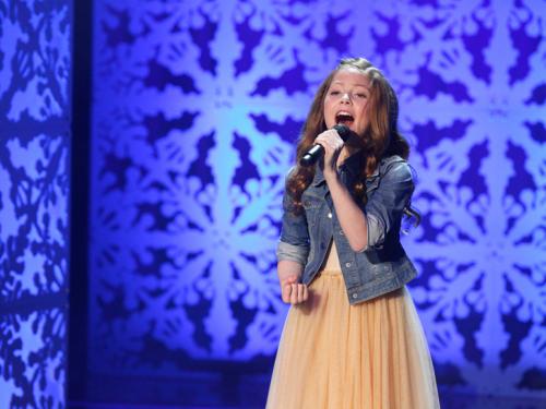 Koko Blush and Company: Lexi Walker Singing'