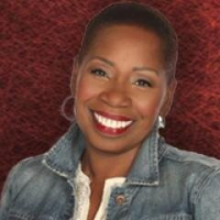 Iyanla Vanzant Comes to the Authentic Living Show