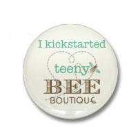 Teeny Bee Boutique Free Community Room.