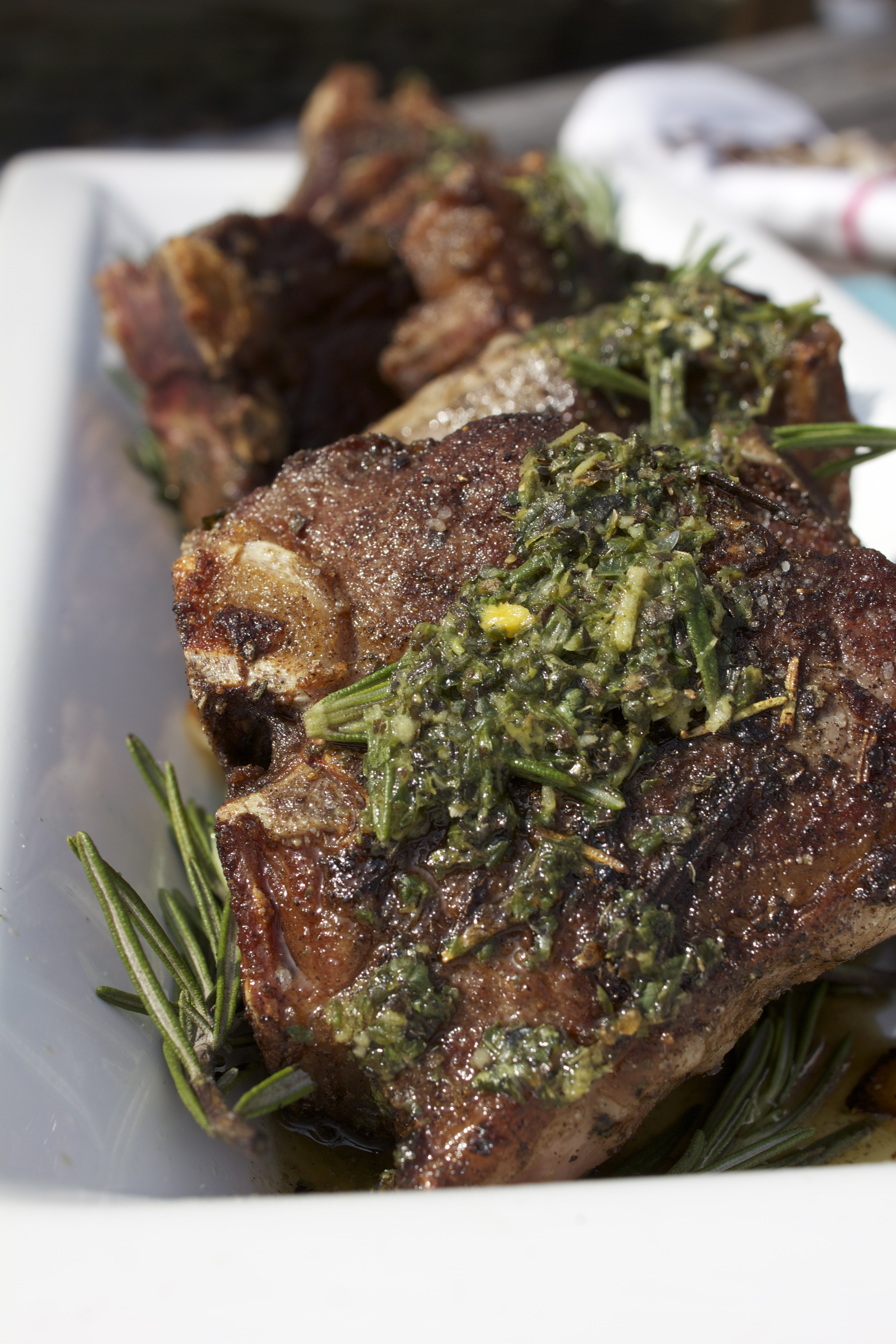 Herb Encrusted Lamb Chops with Garlic-Mint Sauce & C