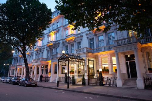 Regency hotel promotes the Royal Albert Hall'
