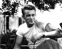 Famous hollywood actor James Dean dons smoking right