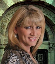 Associate Broker Carolyn Hill'
