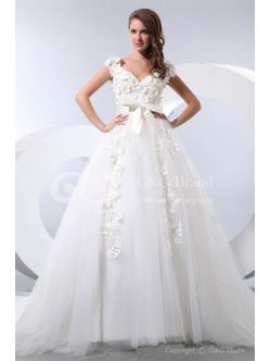 maternity wedding dresses'