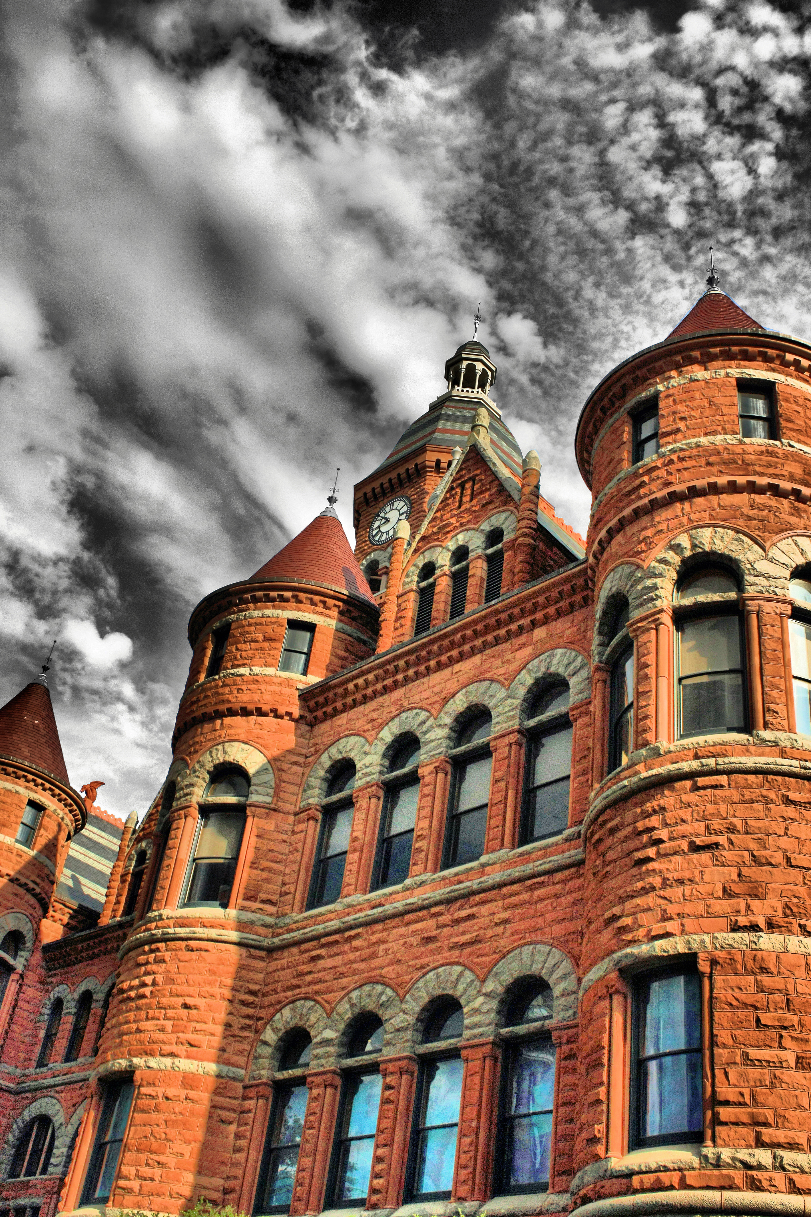 Old Red: Dallas County Courthouse