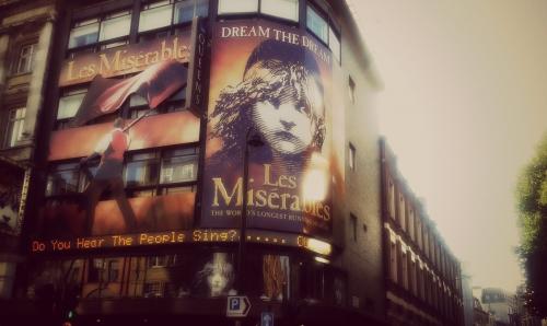 Queens Theatre London'