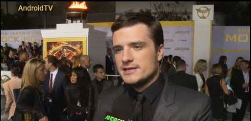 "Josh Hutcherson ""The Hunger Games"" Mocking'"