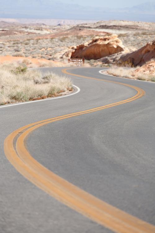 winding road'