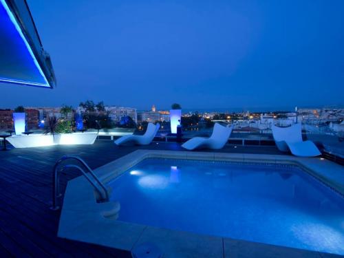 Hotel Ribera de Triana Rooftop swimming pool'