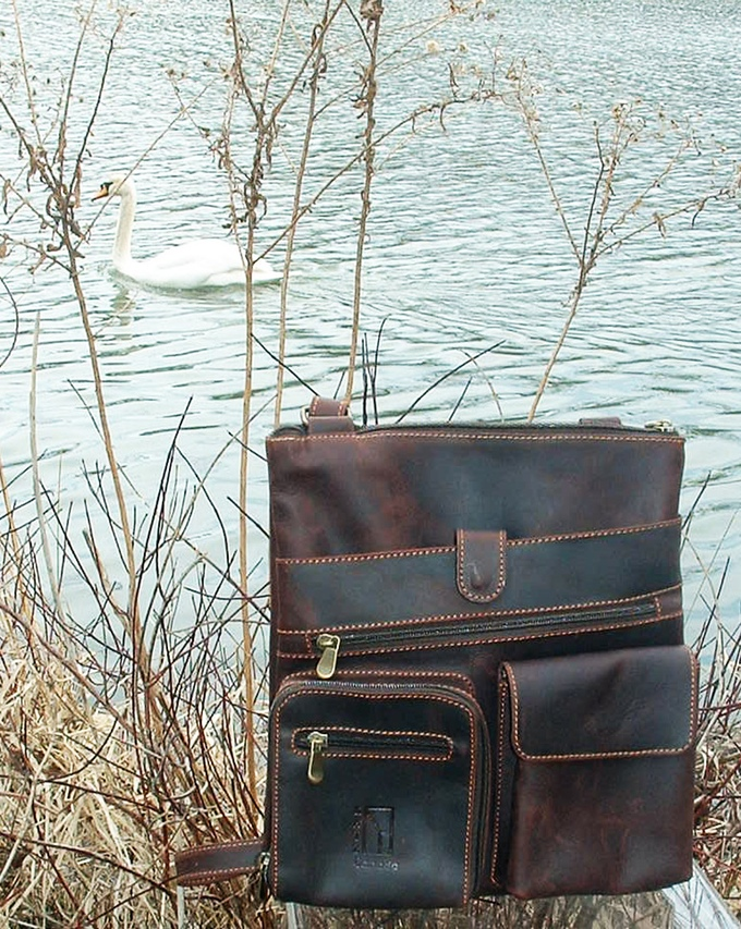 Veg. tanned leather Messenger bags by Ben Katz