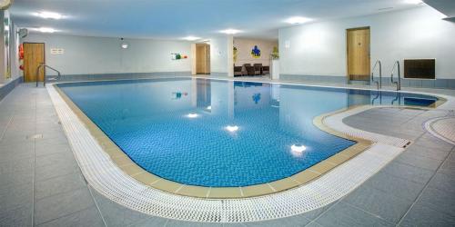 luxurious indoor amenities'