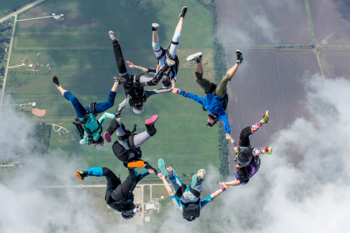Texas Womens Vertical Skydiving Record Set'