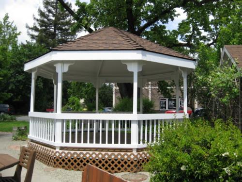 Schmidt House Garden Bandstand'